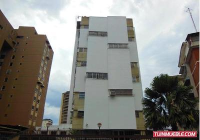 Apartamento En Cnas De Bello Monte 16-19478