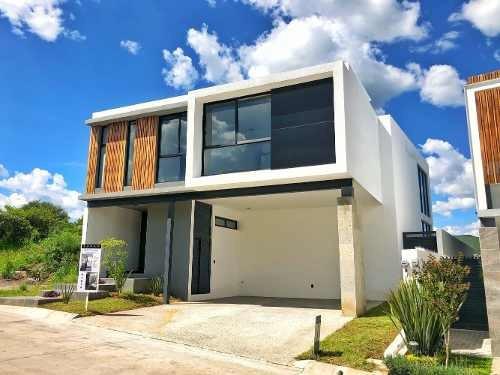 Casa Nueva En Venta En Lomas Del Molino I