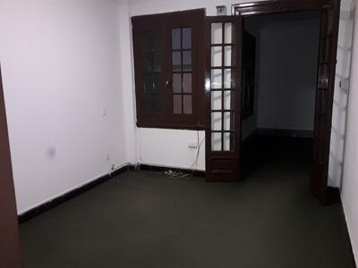 Apartamento En Alquiler En El Centro, 4 Dormitorios
