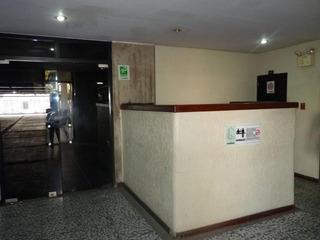 Oficina En Venta En Las Delicias. 16-18946 Mcmb