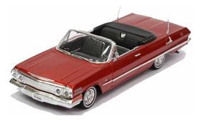 Miniatura Chevrolet Impala 1963 Escala 1:24 Metal Vermelho