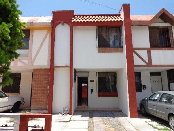 Casa Sola En Renta Las Praderas