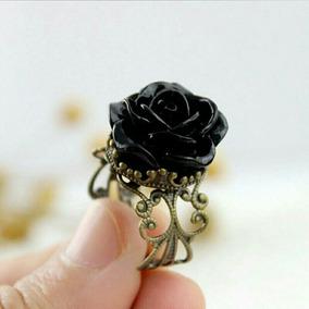 Anel Vintage Rosa Flor Negra Preta Em Resina Aro Regulável
