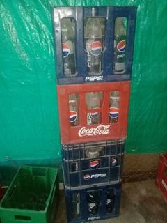 Cajones Con Envases De Pepsi 1,25l