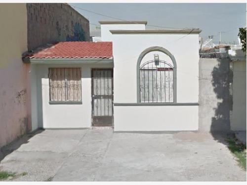 Casa Sola En Venta Fracc La Feria