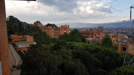 Apartamento En Arriendo Balcon De Lindaraja 117-961