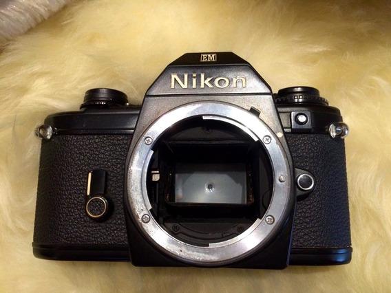 Câmera Nikon Em Analógica Corpo Filme 35mm Revisada