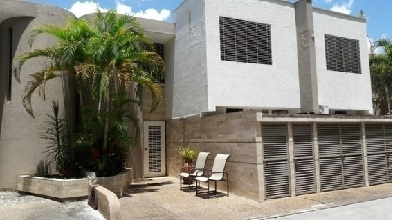 Town House En Alquiler El Parral Cod.394510 Rosaura Isla