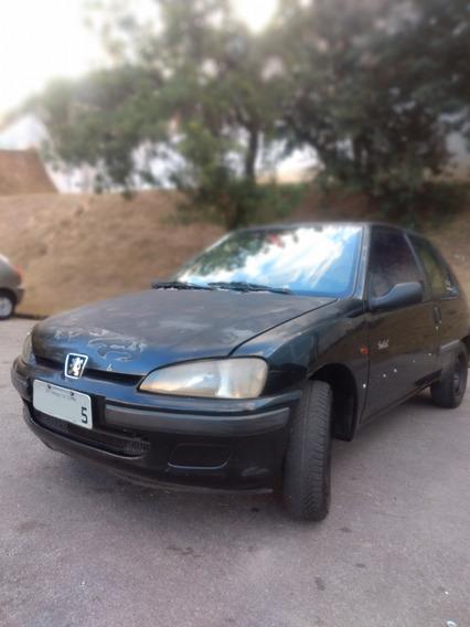 Peugeot 106 - Ano 1998 - Ótimo Estado