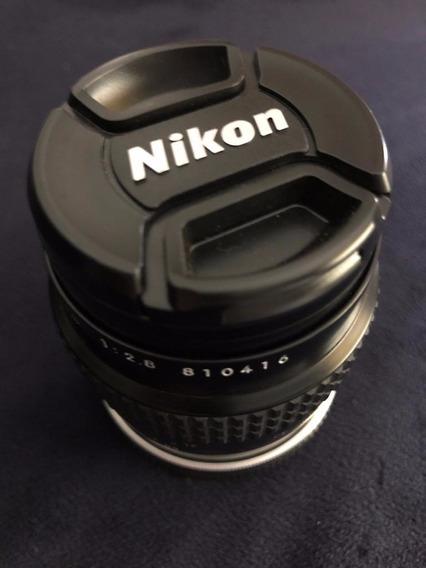 Lente Nikon. Micro 55 2.8