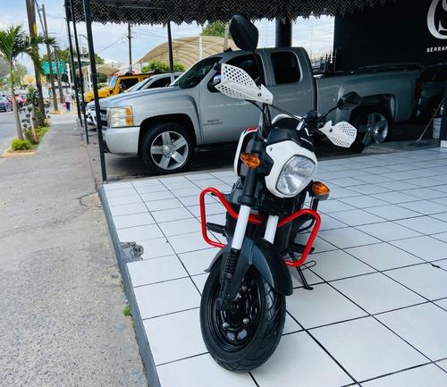 Imagen 1 de 11 de Honda Navi 2020