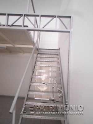 Salao - Alem Ponte - Ref: 26843 - V-26843