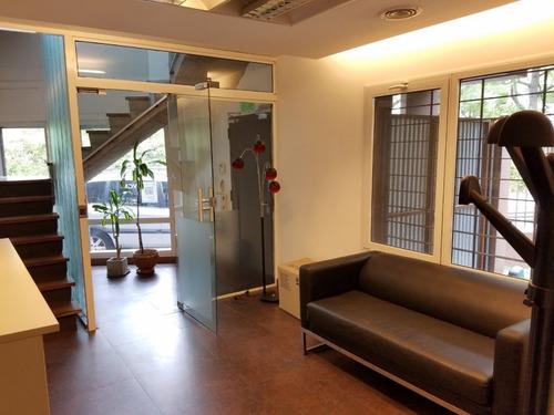 Zona Colegio Ward Casa En Lote Propio Opcion Oficinas