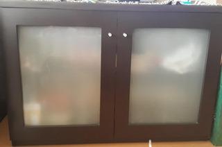 Mesa Para Tv, C0on Ruedas Ocultas Y Puertas Para Guardar