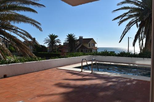 Residencia En Peninsula- Ref: 2747