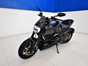 Ducati Diavel Dark 1200cc 2015