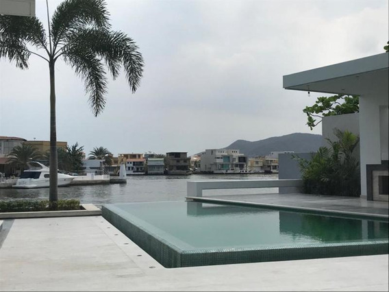 Rentahouse Vende Casas En Lecheria Bettina Rodriguez