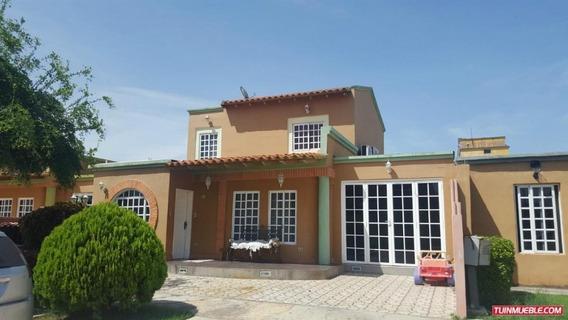 Casas En Venta Araguama Country Los Samanes 04128849102