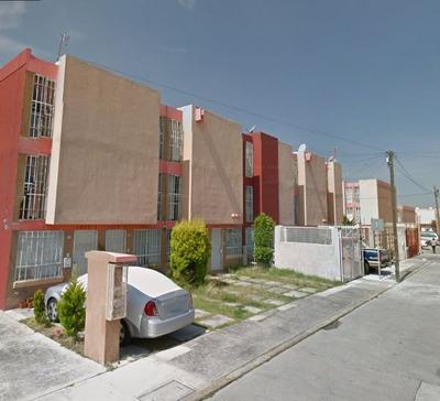 Casa En Remate Bancario, Los Heroes De Puebla, Puebla.
