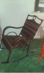 Cadeira De Balanço De Aluminio E Fibra