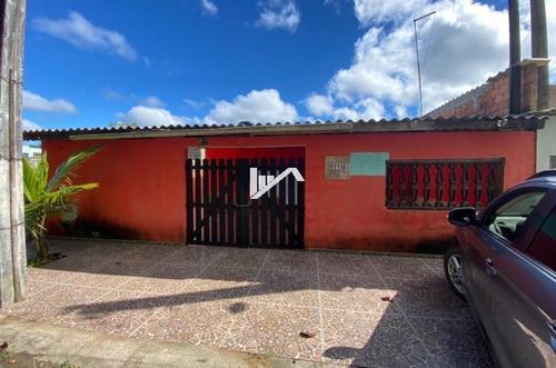 Imagem 1 de 14 de Casa Com Lote Inteiro Com Edícula Nos Fundos