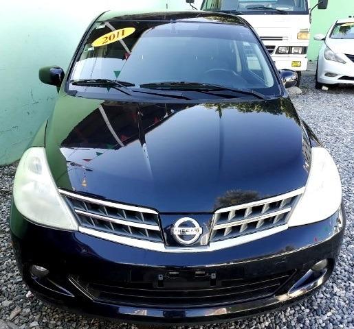 Nissan Tiida Negro 11