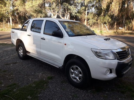 Toyota Hilux Dx Pack 4x4 Con Accesorios Y Muy Buena!!