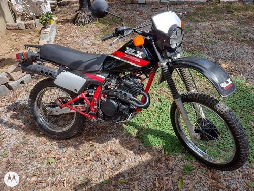 Imagem 1 de 5 de Honda Xlx 250 R