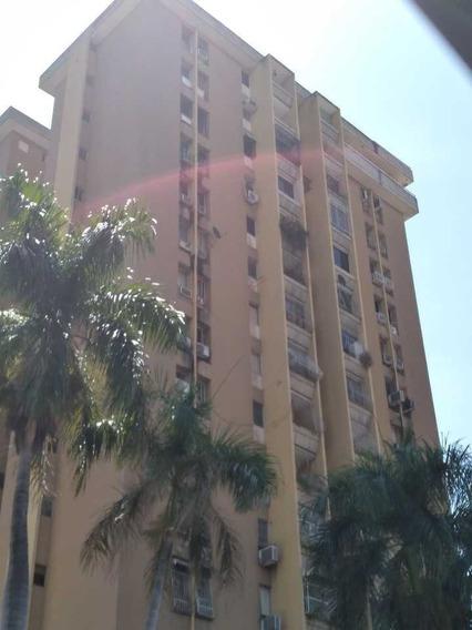 Se Vende Apartamento Amoblado En Las Delicias, Mcy