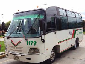 Vendo Buseta Daihatsu Modelo 2007 19 Pasajeros