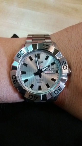 Reloj Seiko Calibre 5 Automatico