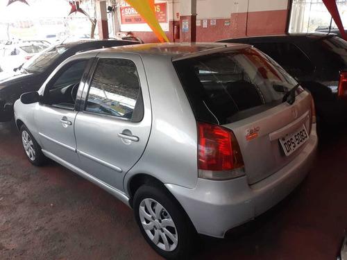Imagem 1 de 3 de Fiat Palio 2005 1.8 Hlx Flex 5p