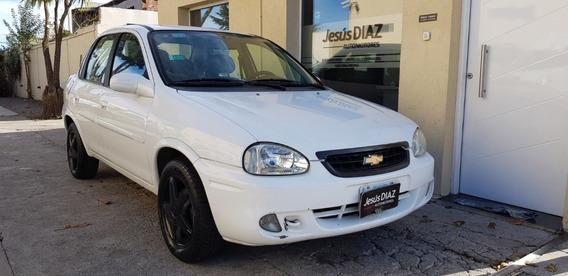 Chevrolet Corsa Version Gls Mod 2009 Nafta 1.4 Color Blanco