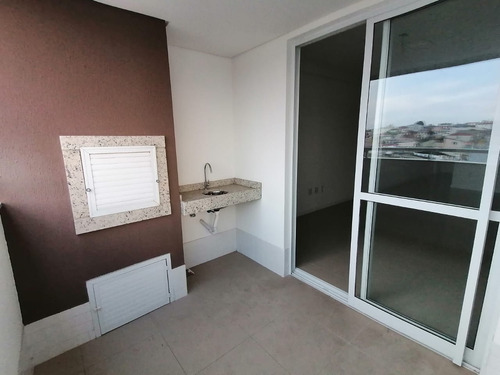 Apartamento A Venda Com 3 Quartos No Bairro Barreiros Em Sao Jose - V-81411