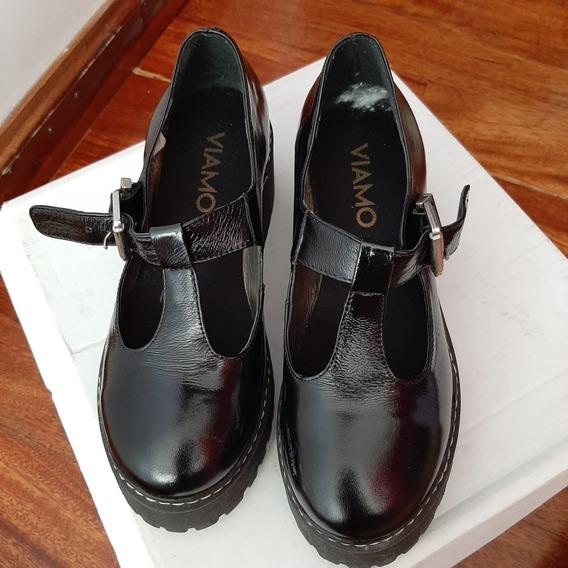 Zapato Guillermina Con Plataforma. Talle 35