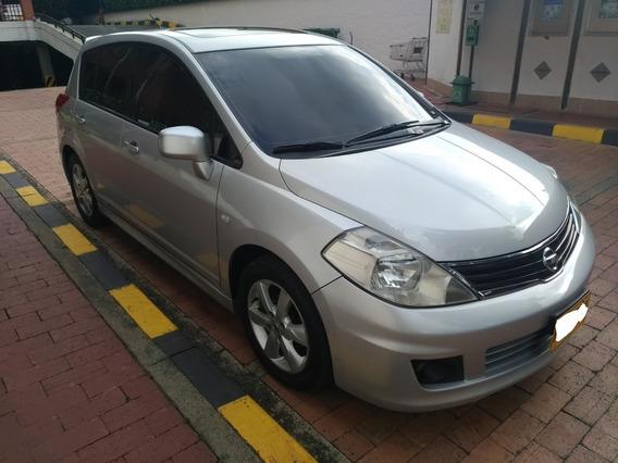 Nissan Tiida Hb 1.8 Cc Premium, Perla,