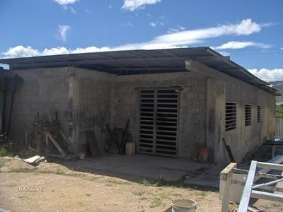 Granja En Venta En Barquisimeto 19-10514 Rb