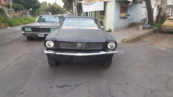 Ford Mustang Hard Top Clasico