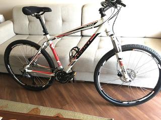 Bicicleta Giant Talon 3 + Adicionais