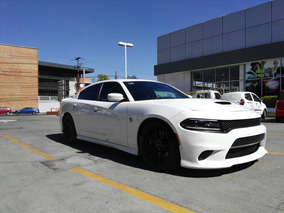 Dodge Charger 6.2 Srt-8 Mt 2015