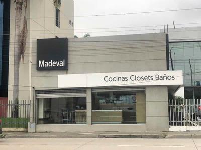 Local Comercial De 200 Mts En La Av. Juan Tanca Marengo