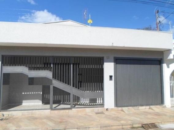 Casa - 3 Quartos - Centro - 366