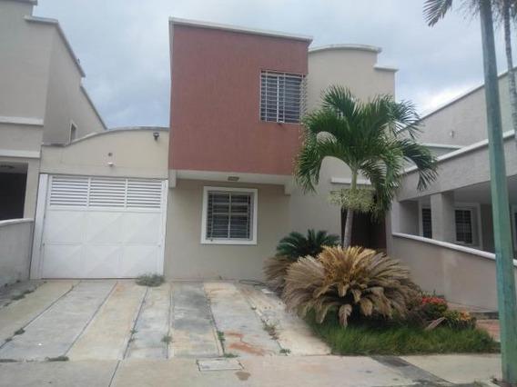 Casa En Venta Ciudad Roca Bqto 20-5762 Nd 04245563270