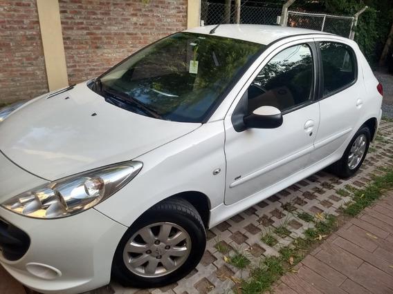 Peugeot 207 Hdi 1,4 Compact Xs (diesel)
