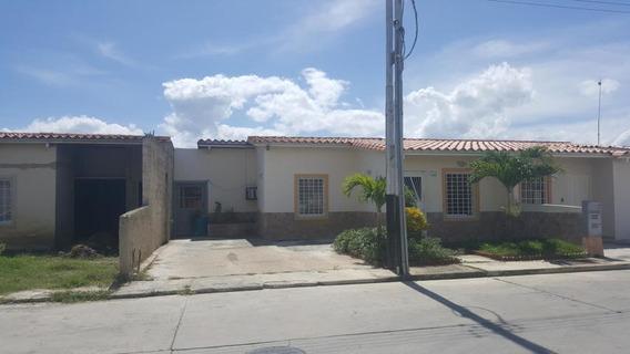 Casa En Venta Guacara Valencia Carabobo 19-19446 Dag