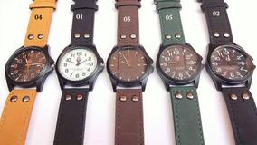 Relógio Masculino Soki Barato Militar Couro Estojo Grátis