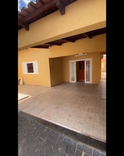 Casa No Bairro Planalto - Oportunidade