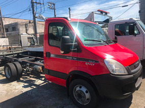 Iveco Daily 70c17 Chassis Ano 2013 / Financia 100%