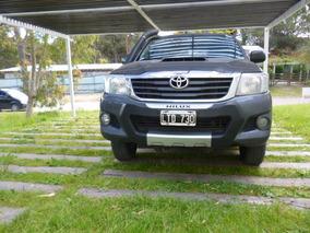 Toyota Hilux 2.5 Pak 4x4 2012