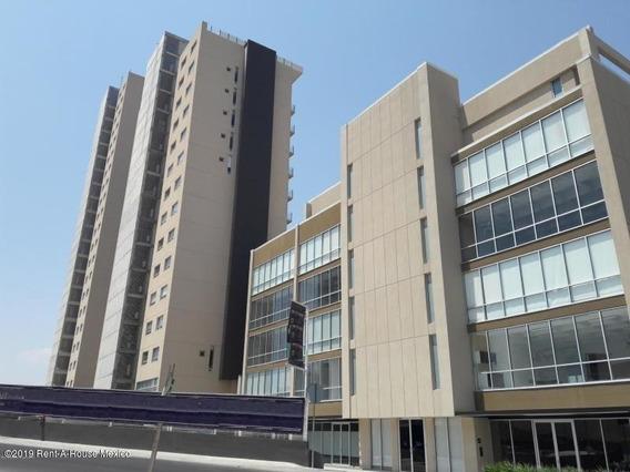 Departamento En Venta En Diamante, Queretaro, Rah-mx-20-2151